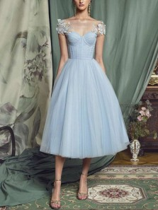 Princess A-Line Boat Neck Cap Sleeves Sky Blue Tulle Midi Prom Dresses with Appliques