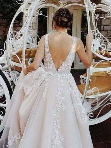 Charming A-Line V Neck Champagne Tulle White Lace Long Prom Dresses,Formal Party Gown DG0925010