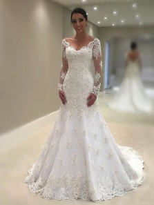 Vintage V Neck Long Sleeve White Lace Wedding Dresses,Elegant Bridal Gown