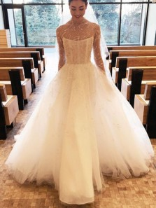 Vintage Ball Gown High Neck Long Sleeve Ivory Tulle Appliques Wedding Dresses