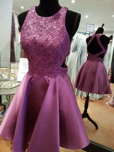 Popular Satin Scoop Neckline Short Length A-line Homecoming Dresses With Beaded Appliques