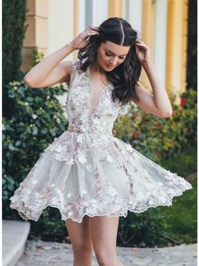 Cute A-Line V-Neck Sleeveless Short White Tulle Homecoming Dress with Appliques