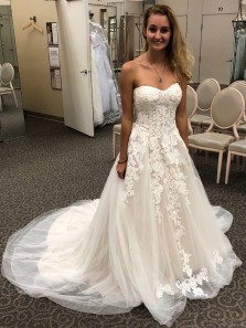 Gorgeous A-Line Sweetheart Open Back Ivory Tulle Wedding Dresses with Appliques,Lace Bridal Gown