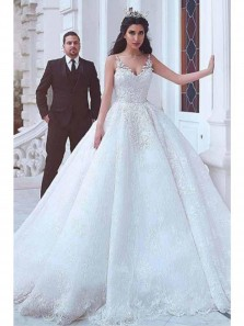 Luxurious Ball Gown V-neck Wedding Dresses With Lace Appliques