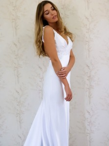 1950s Elegant A-line Mermaid White Long Wedding Dress with Applique