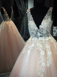 Unique Ball Gown V Neck Open Back Champagne Tulle Long Prom Dresses with Appliques,Elegant Quinceanera Dresses