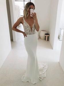 Charming Mermaid V Neck White Lace Wedding Dresses