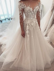 Stunning Ball Gown Round Neck Long Sleeve Ivory Tulle Wedding Dresses,Lace Wedding Gown