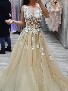 Romantic A-Line V Neck Open Back Champagne Tulle Long Prom Dresses with White Lace,Evening Party Gown