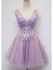 Cute A Line V-neck Tulle Lilac Homecoming Dresses with Lace Applique