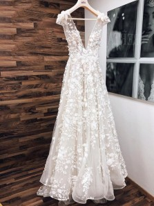 Chic A-Line Deep V Neck Cap Sleeve Ivory Wedding Dresses with Appliques