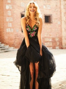 Gorgeous A-Line V Neck Open Back Spaghetti Straps Black Tulle Long Prom Dresses with Embroidery,Special Evening Party Dresses