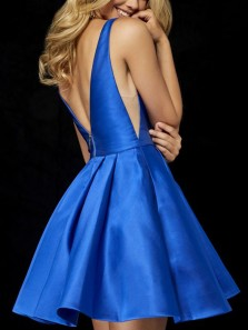 Sherri Hill A-Line Deep V-Neck Stain Royal Blue Short Homecoming Dress