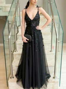 Stunning A-Line Deep V Neck Open Back Black Tulle Long Prom Dresses with Appliques,Charming Evening Party Dresses