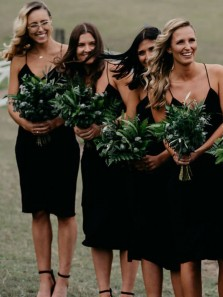 Discount Sheath V Neck Spaghetti Straps Black Knee Length Short Bridesmaid Dresses,Wedding Guest Party Dresses Under 100