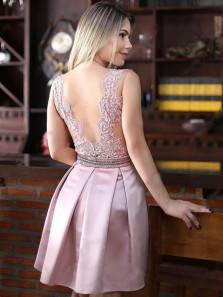 Pink A-line/Princess Homecoming Prom Dresses Fancy Short V-Neck Homecoming Dresses With Applique Backless Dresses
