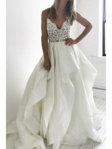 2018 Fashion Elegant Straps Ivory Long Wedding Dress with Lace Top