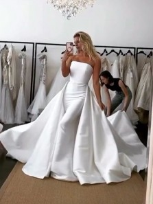 Unique A-Line Strapless Satin Wedding Dresses Bridal Gown with Train
