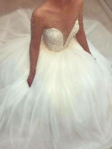 Ball Gown Round Neck Tulle Wedding Dresses with Beading Brial Gowns