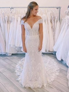 Exquisite Mermaid Off the Shoulder White Lace Wedding Dresses with Train