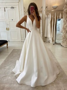 Charming A-Line V Neck Ivory Satin Wedding dresses with Pockets,2020 Bridal Dresses