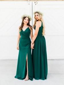 Stunning A-Line V Neck Spaghetti Straps Green Chiffon Long Bridesmaid Dresses with Split