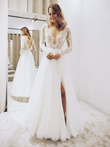 Vintage A-Line V neck Long Sleeve Open Back White Tulle Wedding Dresses with Slit