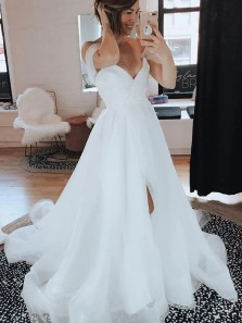 Gorgeous A-Line V Neck Off the Shoulder White Tulle Wedding Dresses with Slit