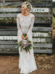 Vintage A-Line Round Neck Long Sleeve Backless White Lace Wedding Dresses