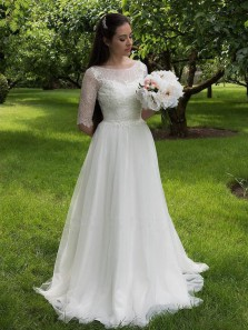 New arrival A-Line Scoop Neck Half Sleeve White Lace Wedding Dresses
