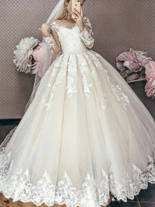 Romantic Ball Gown Round Neck Long Sleeves Ivory Tulle Wedding Dresses,Lace Bridal Gown
