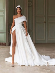 Gorgeous A-Line One Shoulder White Chiffon Wedding Dresses with High Split