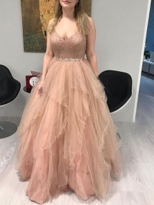 Modern A-Line V Neck Blush Tulle Long Prom Evening Dresses with Lace