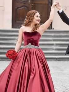 Stunning A-Line Sweetheart Burgundy Velvet Top Long Prom Dresses with Train,Charming Quinceanera Dresses