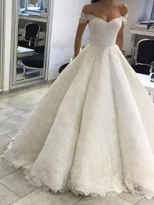 Romantic Ball Gown Off the Shoulder White Lace Wedding Dresses