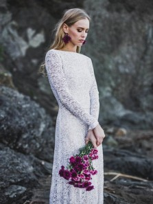 Vintage A-Line Boat Neck Long Sleeve White Lace Wedding Dresses