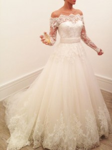 Elegant Off the Shoulder Long Sleeve White Tulle Wedding Dresses with Lace