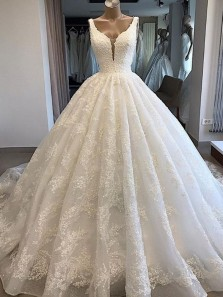Ball Gown V Neck White Lace Wedding Dresses