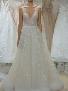Exquisite A-Line V Neck Beaded Lace Wedding Dresses Bridal Gowns