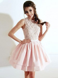 Cute A-Line Round Neck Pink Satin Short Homecoming Dresses with Lace,Charming Prom Dresses Short DG8018