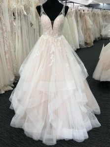 Gorgeous Ball Gown V Neck Open Back Ivory Tulle Long Prom Dresses with Appliques,Quinceanera Dresses
