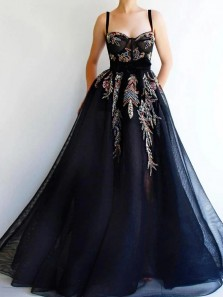 Vintage Black Prom Dress A Line Tulle Straps Evening Dresses